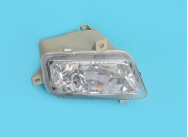 Fog Lamp Assy  6112111-0266-121